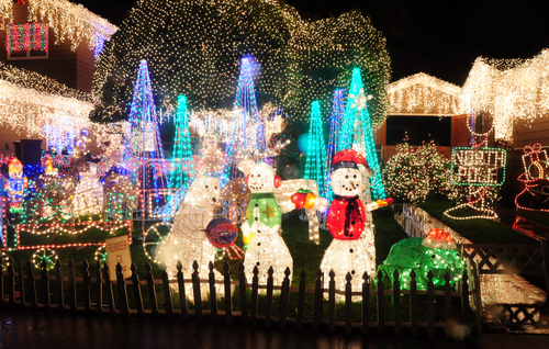 Best Home and Garden Christmas Decorating Ideas, christmas decorating ideas 2016, holiday home decorating ideas, holiday decorating ideas pinterest, outdoor holiday decorating ideas, holiday decorating ideas for the office, holiday decorating ideas pictures, holiday party decorating ideas, fall holiday decorating ideas,