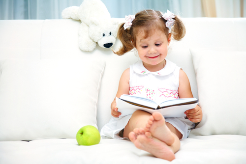 Entertain Your Child Without Relying on Technology
