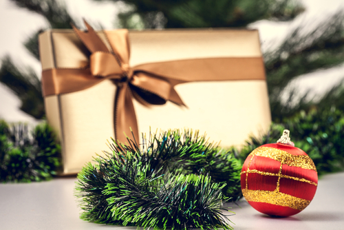 Best Christmas Presents for Your Older Brother, christmas presents for brother 20 years old, diy christmas presents for brother, christmas presents for younger brother, christmas presents for brother in law, christmas gifts for older brother, fun presents for brother, christmas presents for dad, christmas presents for boyfriends,