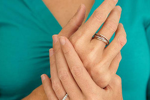 Is Cracking Your Knuckles Bad?