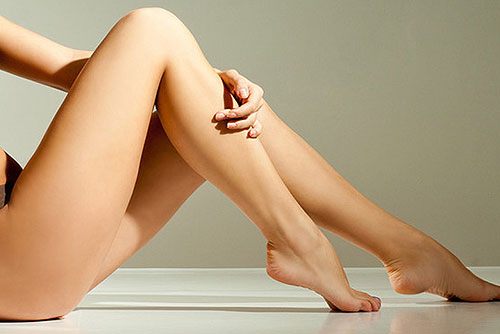 How to Get Sexy Legs Using Makeup!