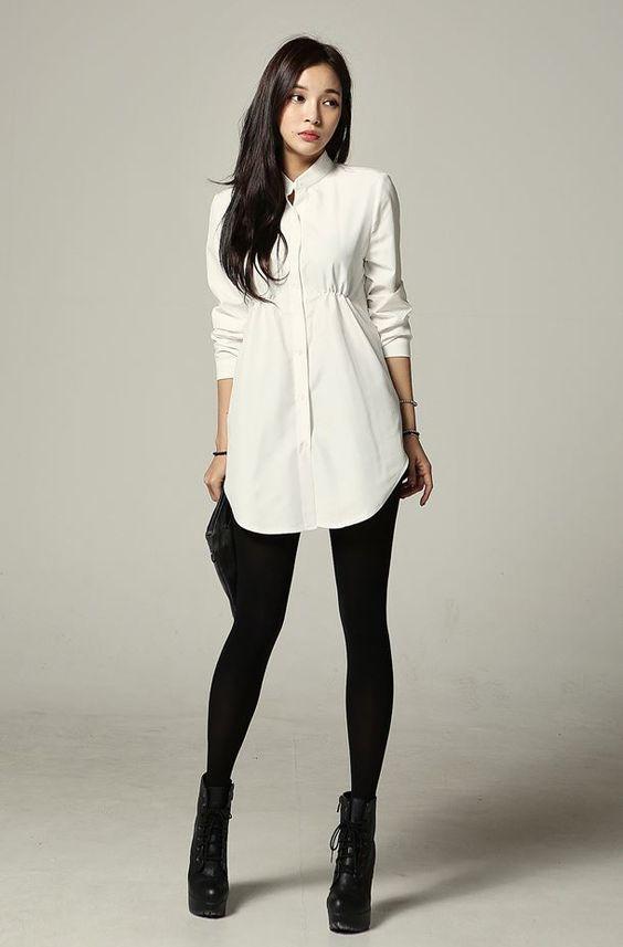 Staple black leggings and a white shirt