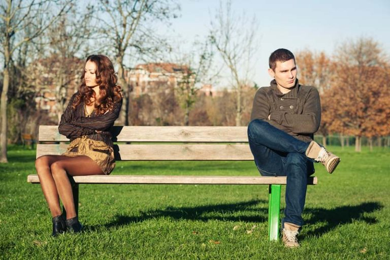 Signs of a Boring Relationship, my boyfriend is bored with me what do i do, boring relationship quiz, how to make a boring relationship fun again, how to fix a boring relationship, boring relationship quotes, is my boyfriend bored of me quiz, bored in relationship after 2 years, boring relationship advice,