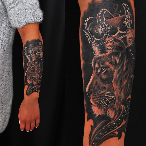 Crowned lion design Lion Tattoo