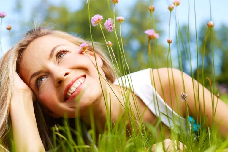 Bloom into Spring with These 5 Beauty Tips, spring skincare routine, winter to spring skin care, dry skin spring season, spring skin care tips, spring beauty, beauty tips for spring,