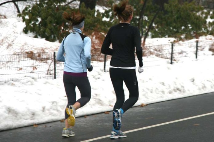 6 Fun Ways to Stay in Shape Over Winter, winter fitness activities, winter exercise ideas, exercising in winter months, benefits of exercising in winter, winter exercise motivation, winter workouts at home, losing weight winter, winter workout routine, winter exercise ideas, winter clothes for gym, exercise in winter vs summer,