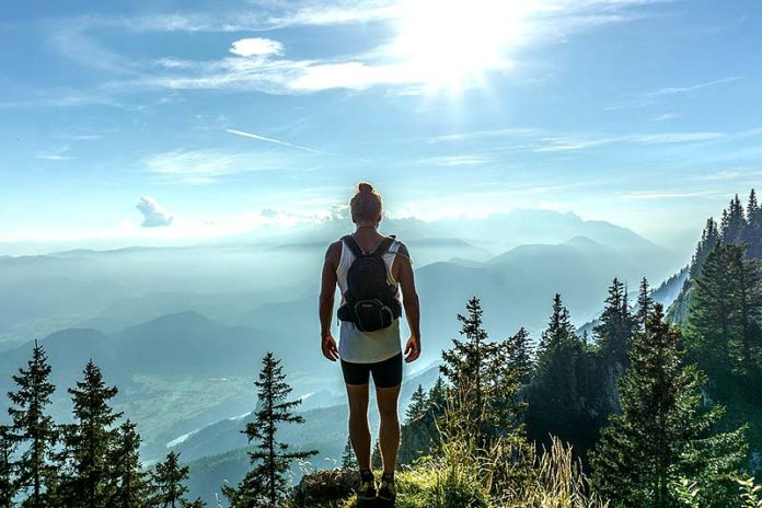 How to stay fit while traveling the world?, exercise while traveling business, how to stay fit while backpacking, how to stay fit while traveling for work, travel fitness tips, travel workout equipment, travel workout no equipment, travel workout routine, vacation workout no gym, workout while traveling bodybuilding,