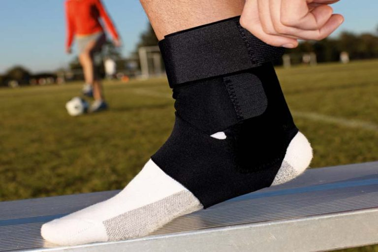 What is Pain Relieving Ankle Brace & Why Do People Use It?, ankle brace causing pain, ankle brace for anterior ankle impingement, ankle brace hurts my foot, ankle brace reduce swelling, atfl ankle brace, best ankle brace for arthritis, disadvantages of ankle braces, how do ankle bracelets work, how to wear ankle support with socks, posterior ankle impingement brace, roboduck ankle brace, should i wear an ankle brace to bed, should i wear an ankle brace while running, what does an ankle brace do for you, what kind of ankle brace do i need,
