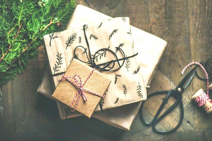 Sweet Reasons To Spread Gift Love On Festive Season