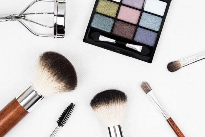 What Beauty products can make you compelling in 2018?, best makeup products 2018, best makeup products of all time, new makeup products 2018, must have makeup products, best beauty products 2018 uk, new makeup products 2018, list of beauty products,