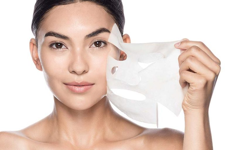 8 Main Benefits Of Peel Off Masks, side effects of peel off mask, what to do after peel off mask, best peel off mask for oily skin, how often to use peel off mask, how to use peel off mask, best peel off mask for dry skin, best peel off mask for glowing skin, best peel off mask to remove facial hair,Benefits Of Peel Off Masks