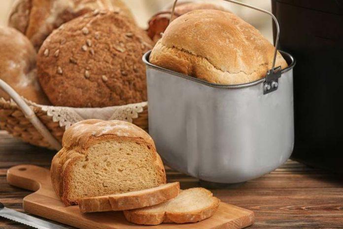 How to Choose the Best Bread Maker in 2018?, best bread maker 2018, best rated bread machines 2017, bread machine walmart, zojirushi bread machine, oster bread maker, bread maker machine recipes, best budget bread machine, panasonic bread maker,