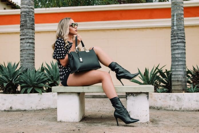 The Hottest 2018 Summer Fashion Trends for Women, 2018 fashion trends summer, 2018 fashion trends womens, spring summer 2018 silhouette trends, summer outfits ideas, summer fashion 2018 women, spring summer 2018 hair trends, casual summer outfit ideas, spring summer 2018 trends vogue,