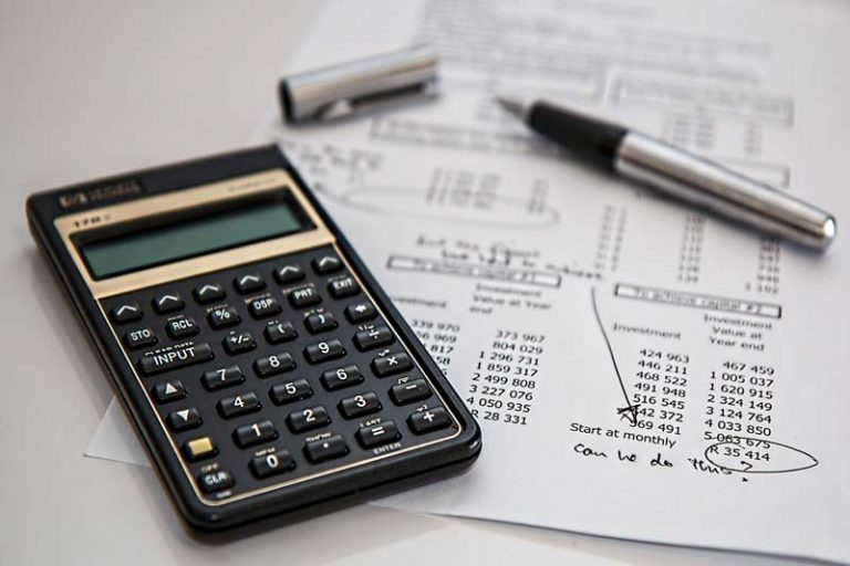 Managing Your Finances Following a Crisis, how to manage financial crisis in business, how to overcome financial crisis in business, calculator, how to stay calm in a financial crisis, financial crisis advice,
