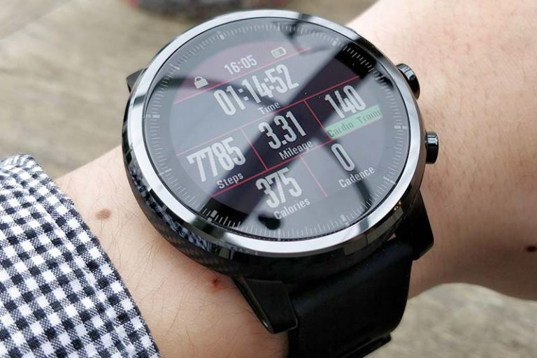 Features to look for in triathlon watch