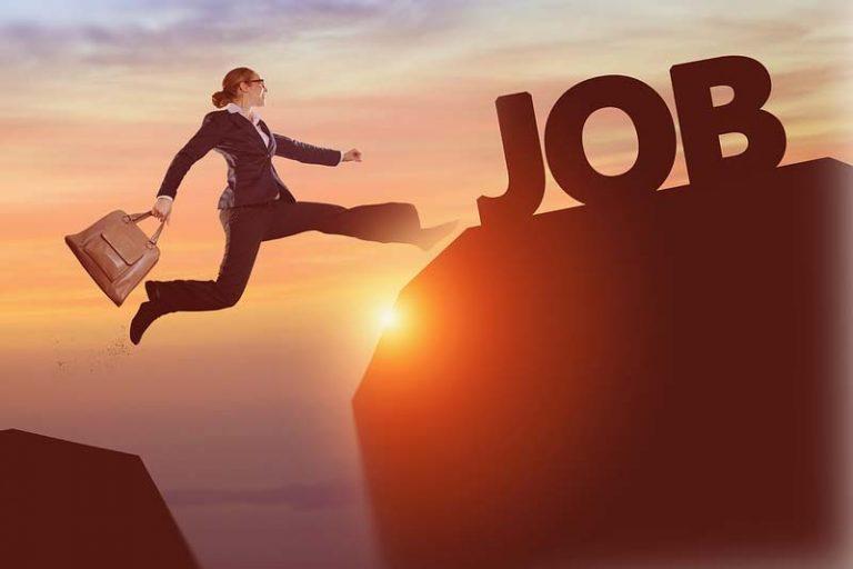 4 Tips to Landing Your Dream Job