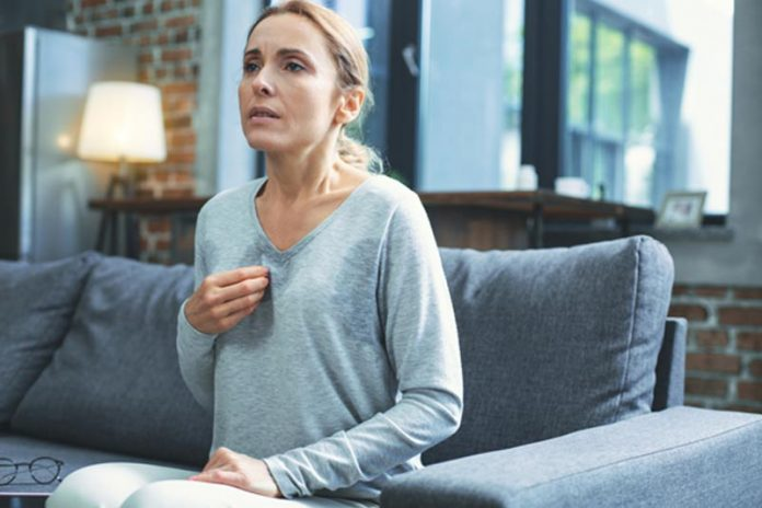 Menoquil Review: Ease Menopause Symptoms with This Natural Supplement