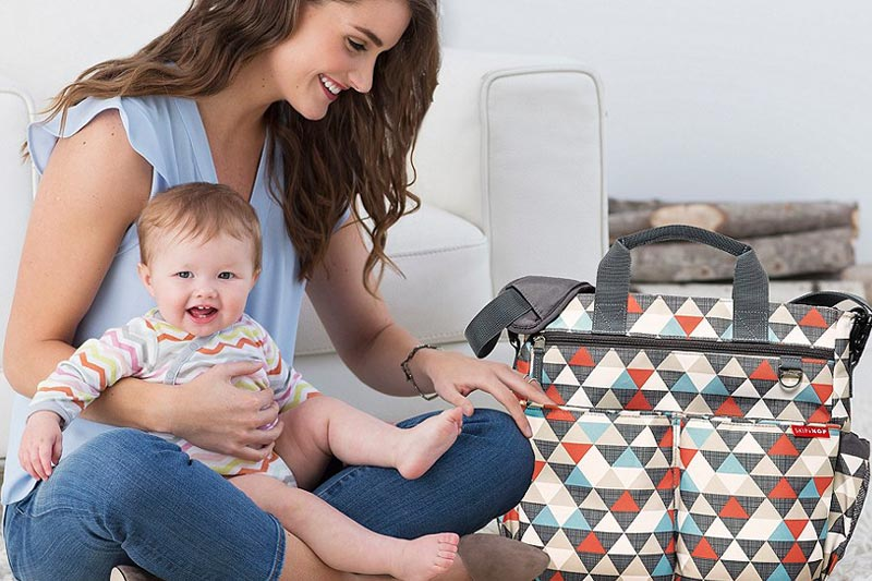 Diaper bags come in different sizes and Colors