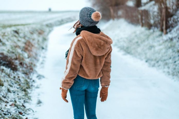 How to Select the Right Jacket for Cold Weather
