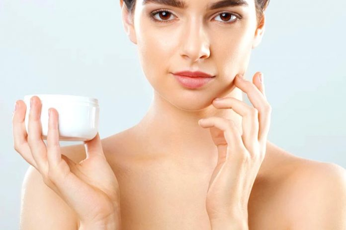 Why Our Skincare Changes from Summer to Winter