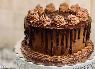 Delight Your Mood with These 4 Delicious and Tempting Cakes