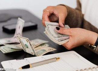 Online Payday Loans Canada vs Bank Loans