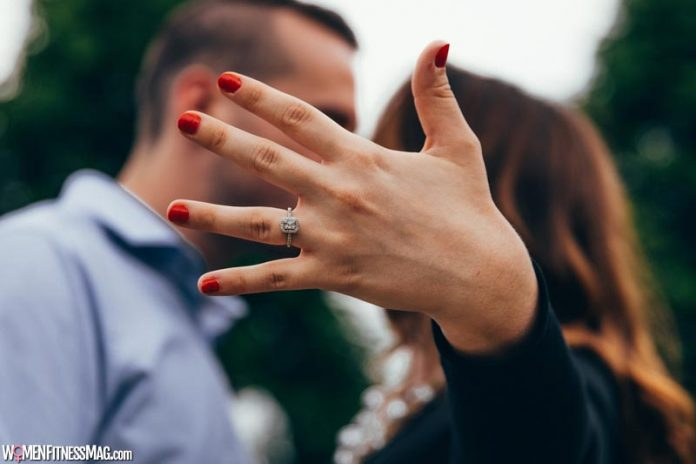 Engagement Ring Buying Guide On A Budget