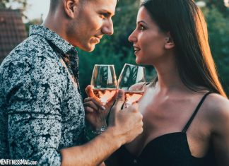 6 Questions You Should Ask Yourself Before Your First Date