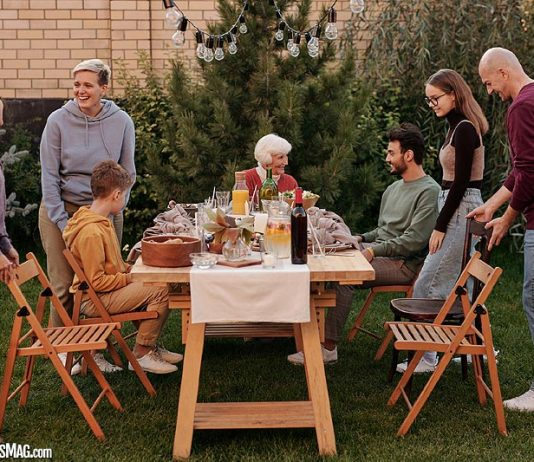 How Do Family Health Conversations Support Better Lifestyle?
