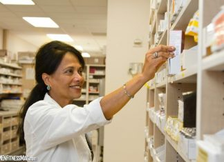 When to Contact a Pharmacist and the Various Services You Will Likely Get