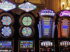 Landing A Job Vs Winning At Online Slots - Odds