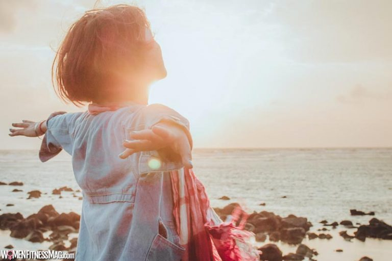 Living in the Moment: Tips for a Healthier & Happier You
