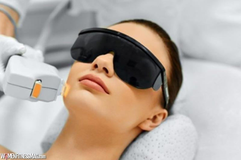 Pros and Cons of Undergoing an IPL Procedure